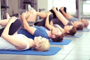 Les-5-meilleurs-exercices-de-gymnastique-pour-seniors_MINI